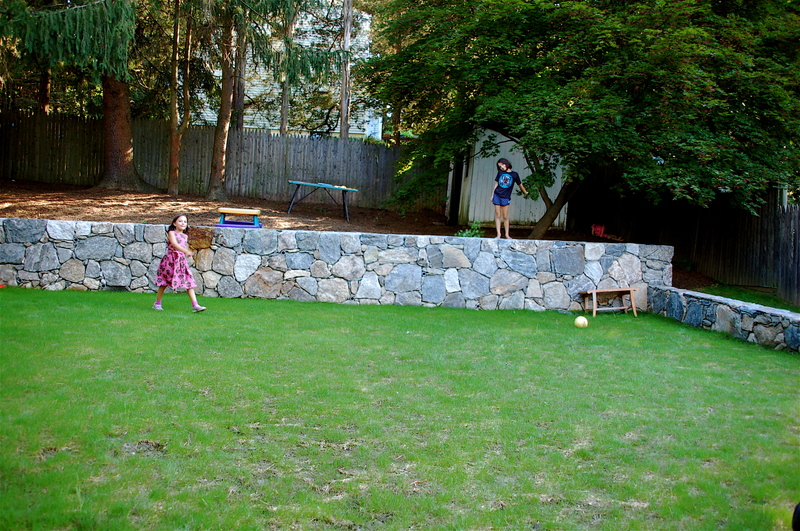 Lawn_with_kids_3